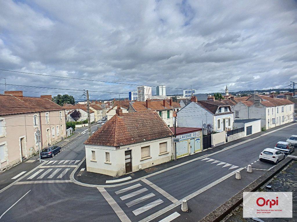 Appartement à louer 1 25.85m2 à Montluçon vignette-4