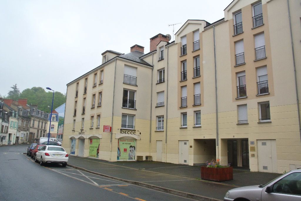 Appartement à louer 1 35m2 à Montluçon vignette-7