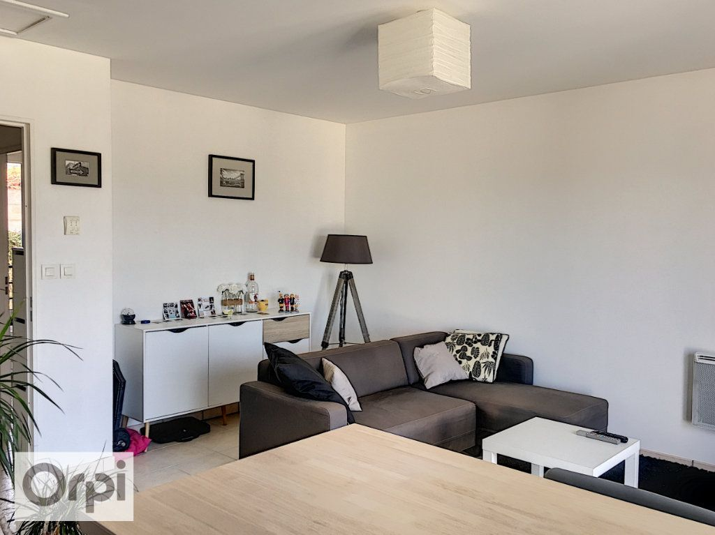 Appartement à louer 2 41.31m2 à Montluçon vignette-4