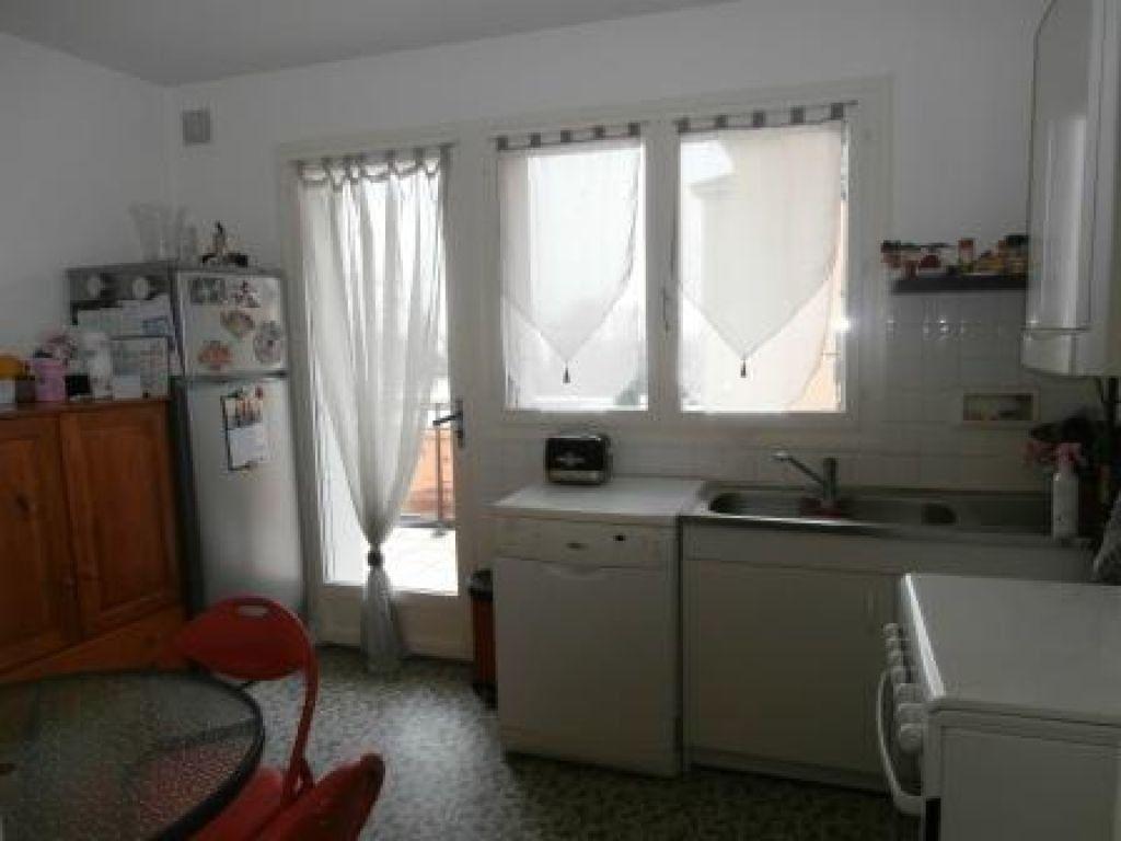 Appartement à louer 4 85m2 à Montluçon vignette-2