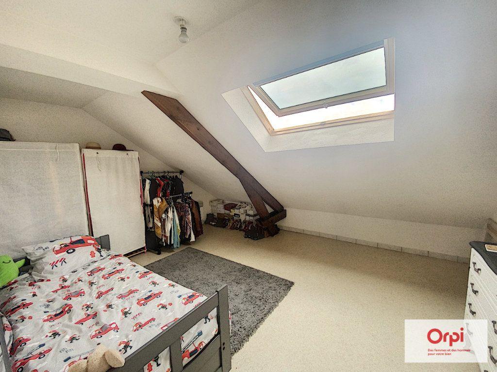 Appartement à louer 4 90.95m2 à Montluçon vignette-3