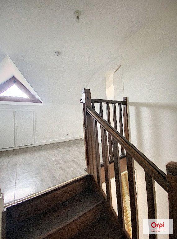 Appartement à louer 4 74.42m2 à Domérat vignette-5