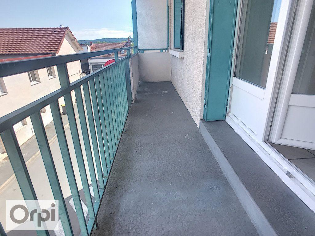 Appartement à louer 3 62.6m2 à Montluçon vignette-6