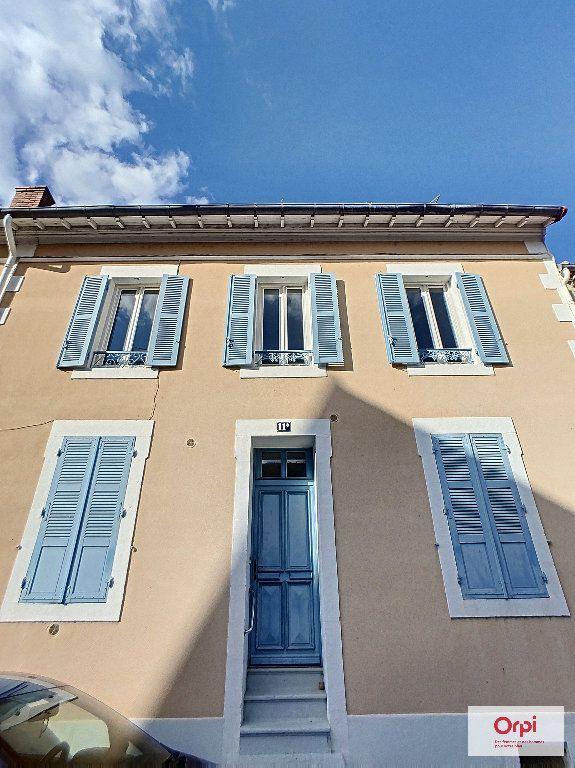 Appartement à louer 1 34m2 à Montluçon vignette-4