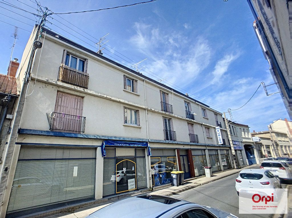 Appartement à louer 2 41.72m2 à Montluçon vignette-5