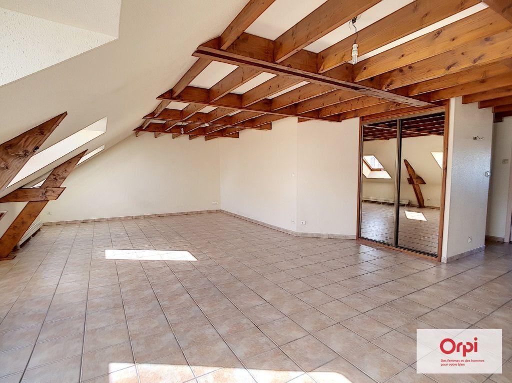 Appartement à louer 4 97m2 à Montluçon vignette-2