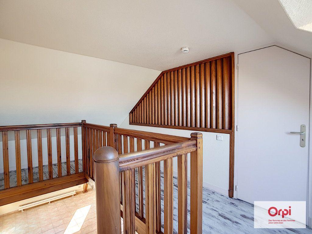 Appartement à louer 4 97m2 à Montluçon vignette-6