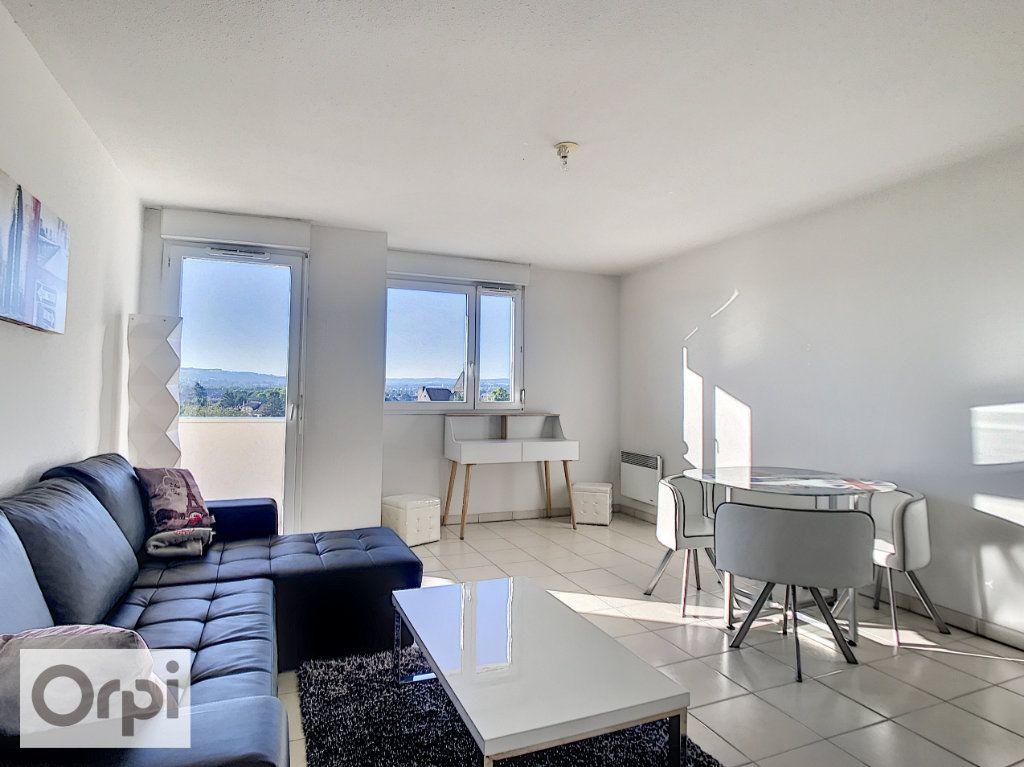 Appartement à louer 1 28.79m2 à Montluçon vignette-2