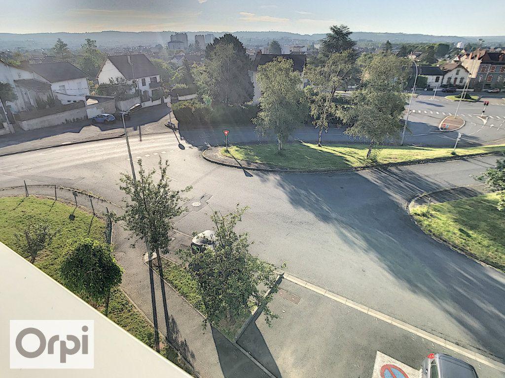 Appartement à louer 1 28.79m2 à Montluçon vignette-5