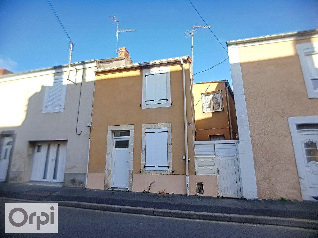 Appartement à louer 1 16.39m2 à Montluçon vignette-3