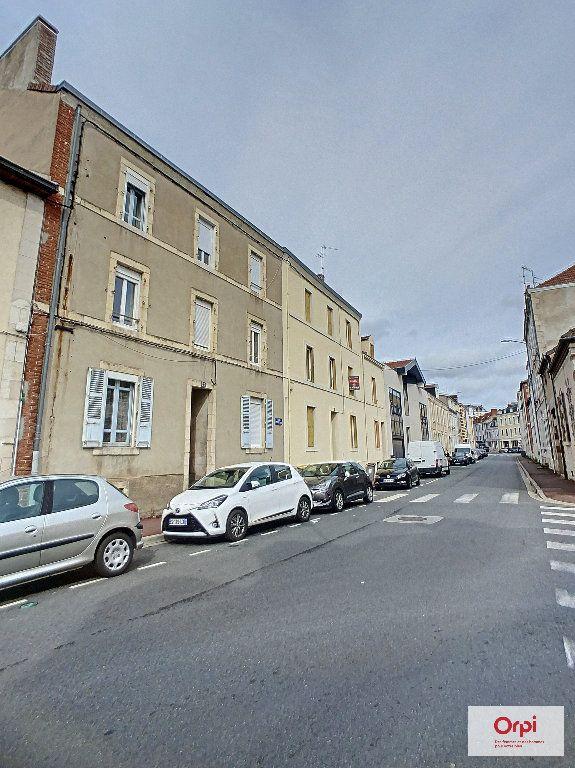 Appartement à louer 1 31.4m2 à Montluçon vignette-7