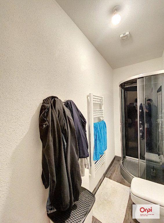 Appartement à louer 3 48.73m2 à Néris-les-Bains vignette-5
