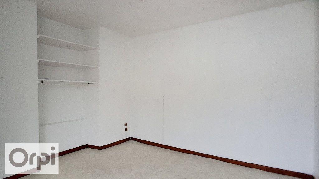 Appartement à louer 2 44m2 à Montmarault vignette-7