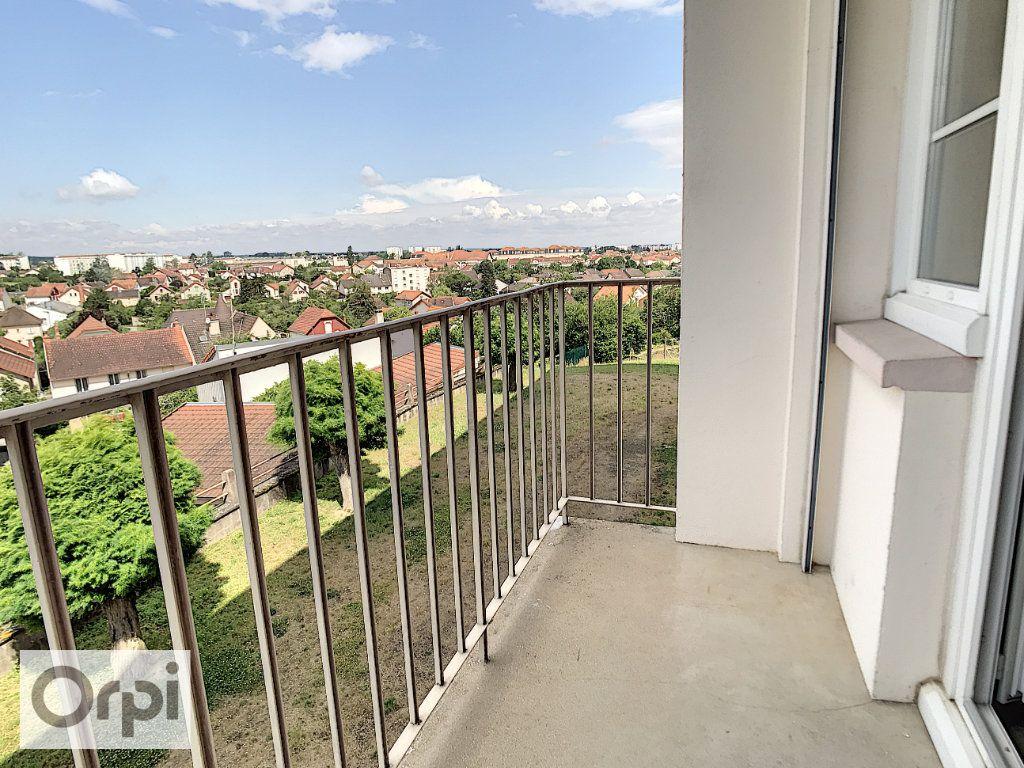 Appartement à louer 3 52m2 à Montluçon vignette-4