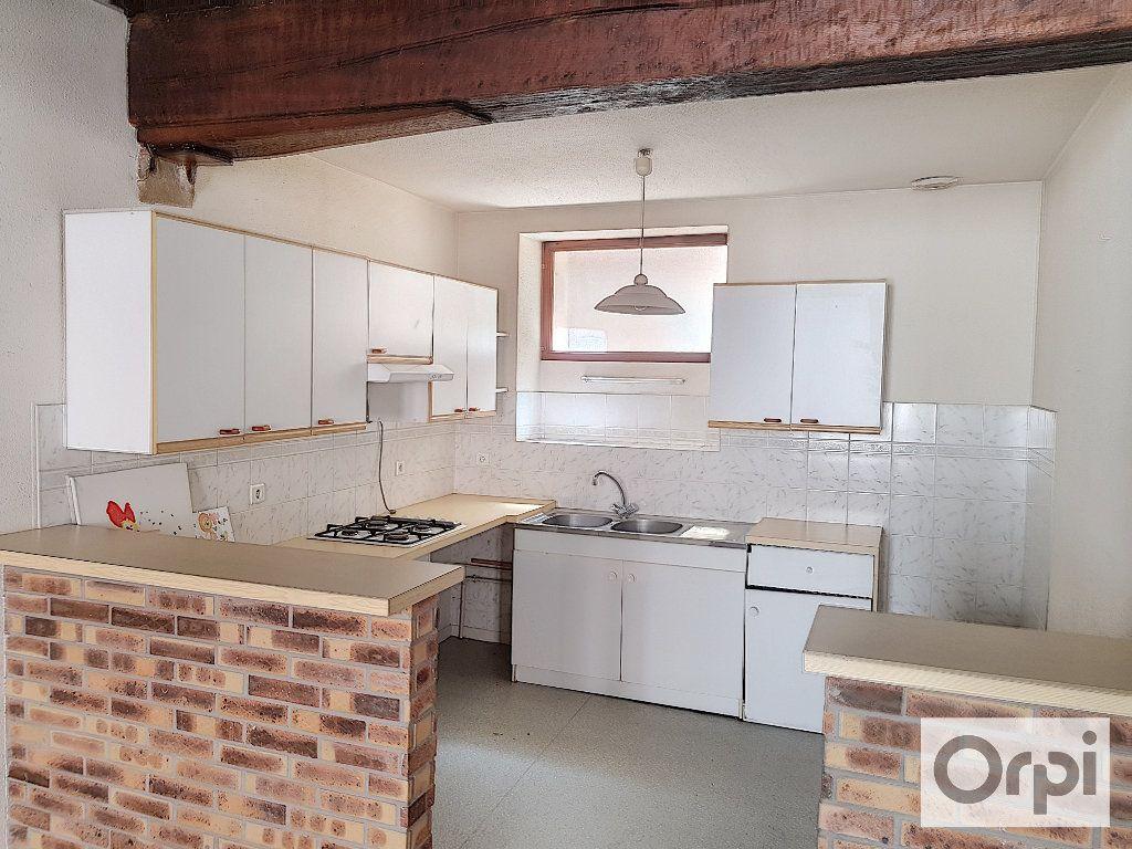 Appartement à louer 4 90m2 à Montluçon vignette-2