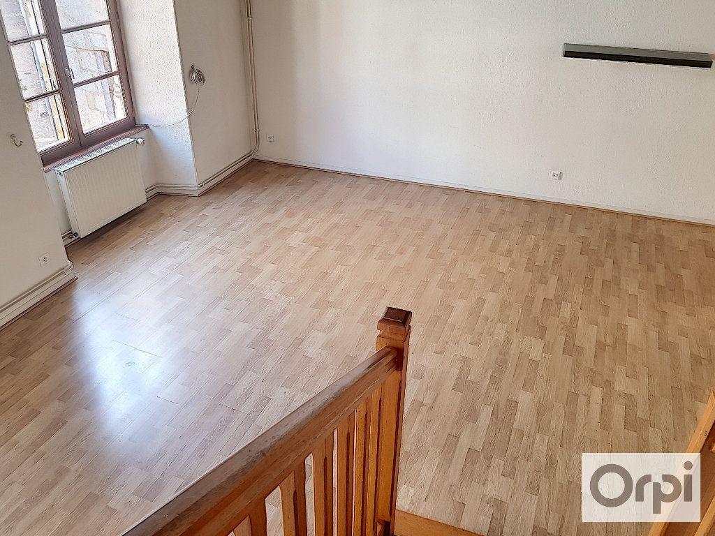 Appartement à louer 4 90m2 à Montluçon vignette-3