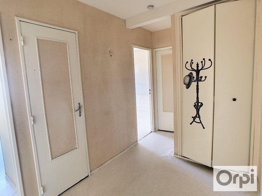 Appartement à louer 2 53.09m2 à Montluçon vignette-7