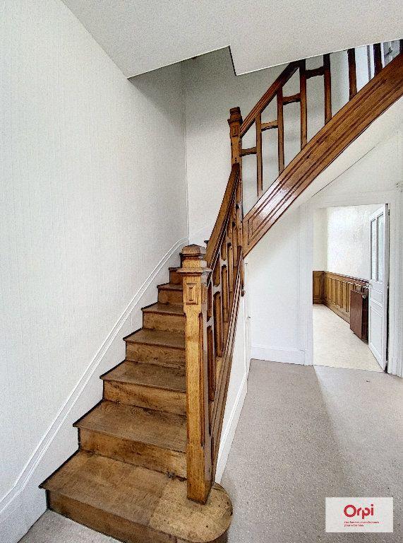 Appartement à louer 3 65m2 à Montluçon vignette-7