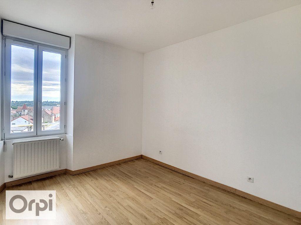 Appartement à louer 3 58m2 à Commentry vignette-4
