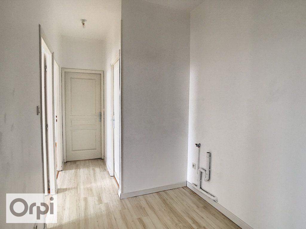 Appartement à louer 3 58m2 à Commentry vignette-7