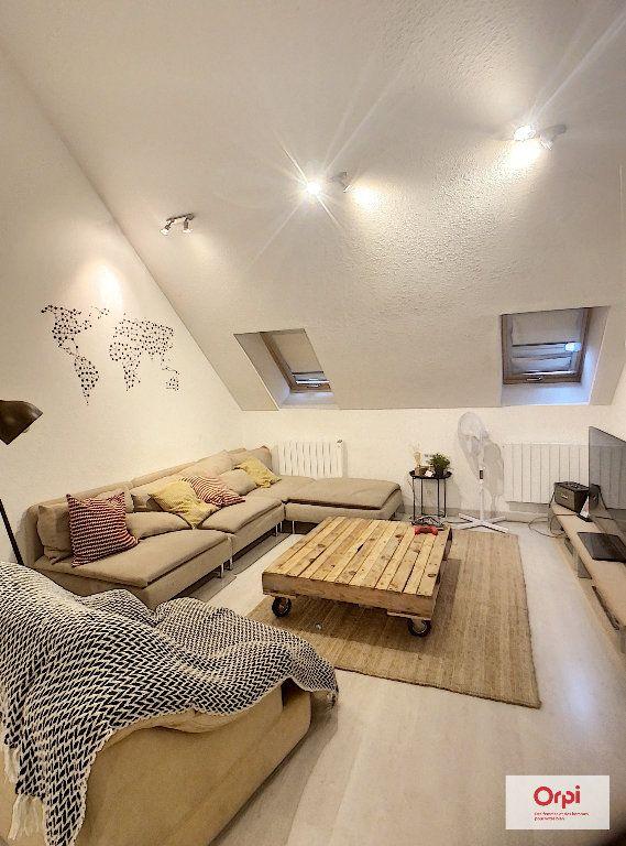 Appartement à louer 2 62m2 à Montluçon vignette-1