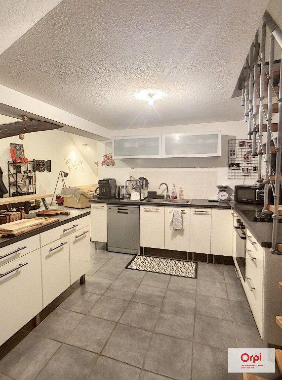 Appartement à louer 2 62m2 à Montluçon vignette-3