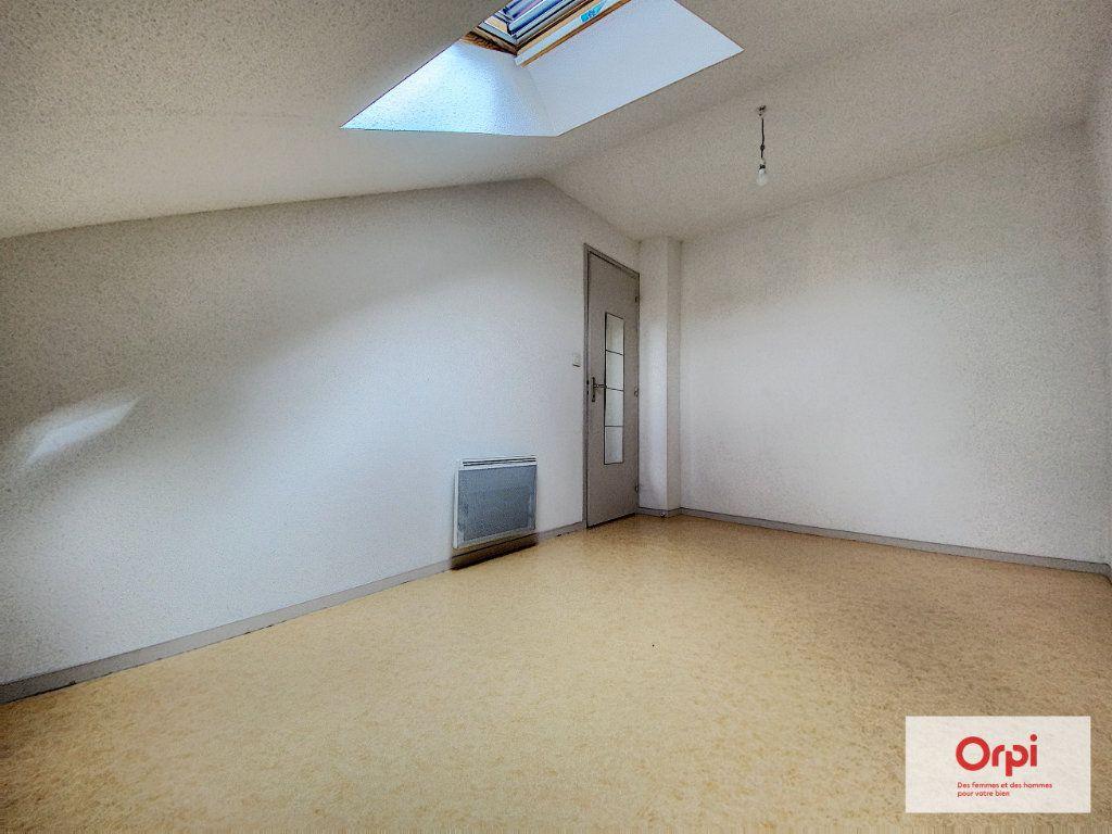 Appartement à louer 3 54.74m2 à Montluçon vignette-7