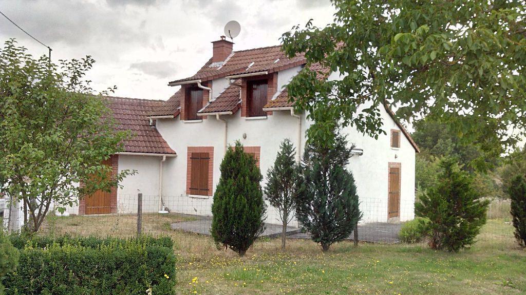 Maison à vendre 3 85m2 à Chirat-l'Église vignette-1
