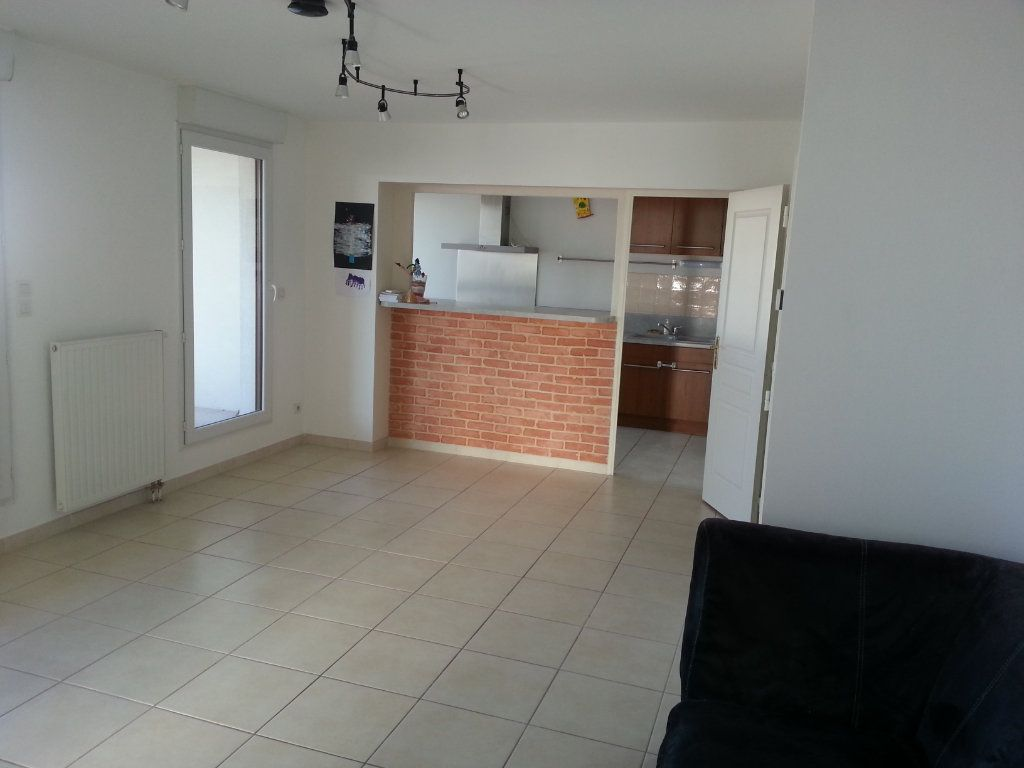 Appartement à vendre 4 91.92m2 à Montpellier vignette-2