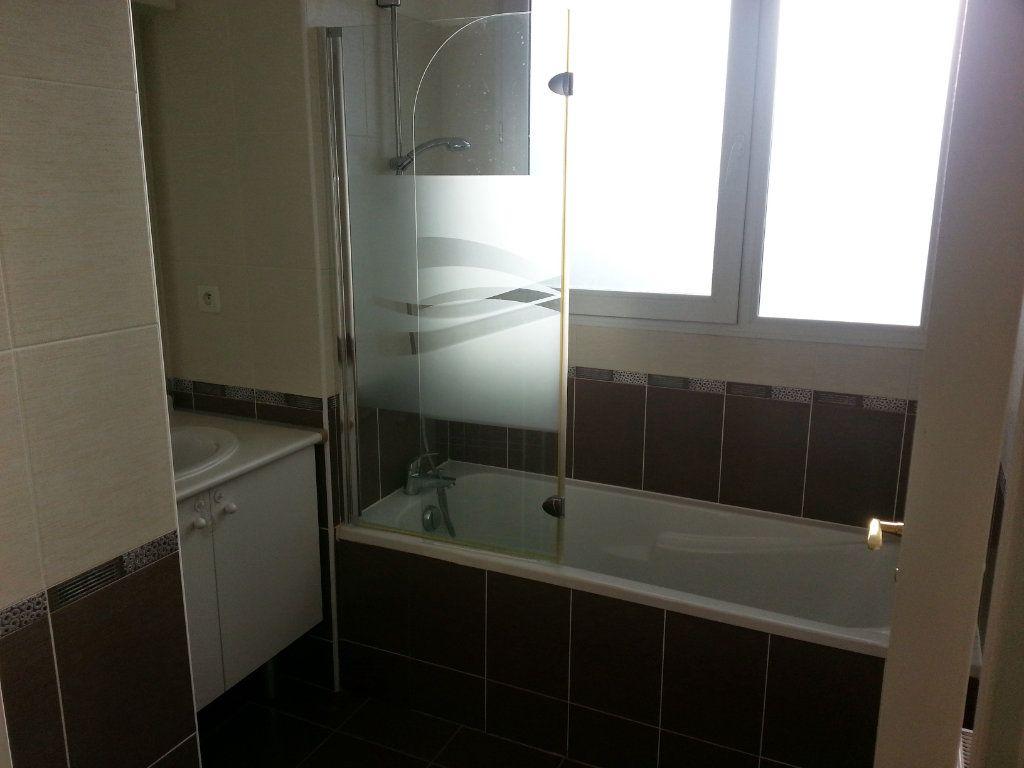 Appartement à vendre 4 91.92m2 à Montpellier vignette-3