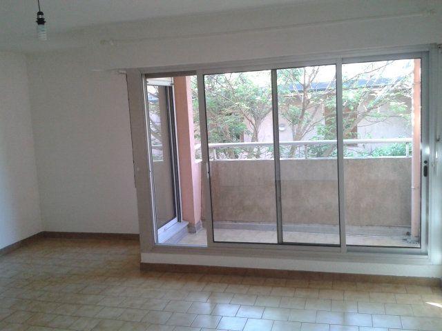 Appartement à louer 1 33m2 à Montpellier vignette-3