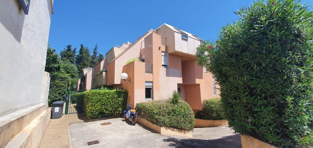 Appartement à louer 1 33m2 à Montpellier vignette-6