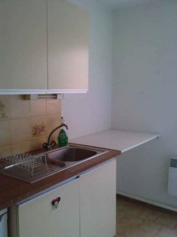 Appartement à louer 1 33m2 à Montpellier vignette-9