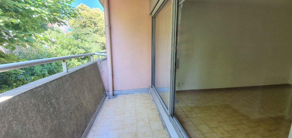 Appartement à louer 1 33m2 à Montpellier vignette-11