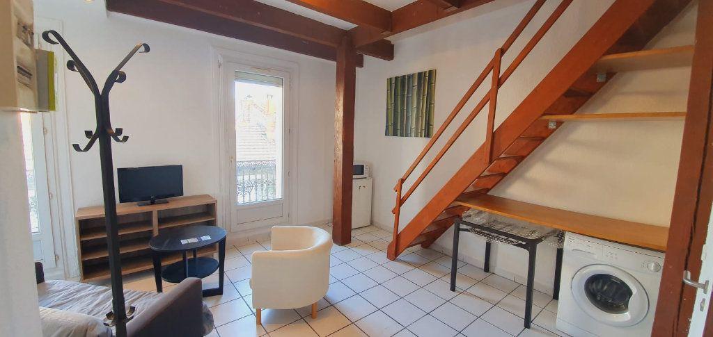 Appartement à louer 1 23m2 à Montpellier vignette-2