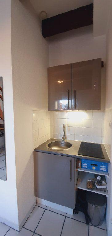 Appartement à louer 1 23m2 à Montpellier vignette-4