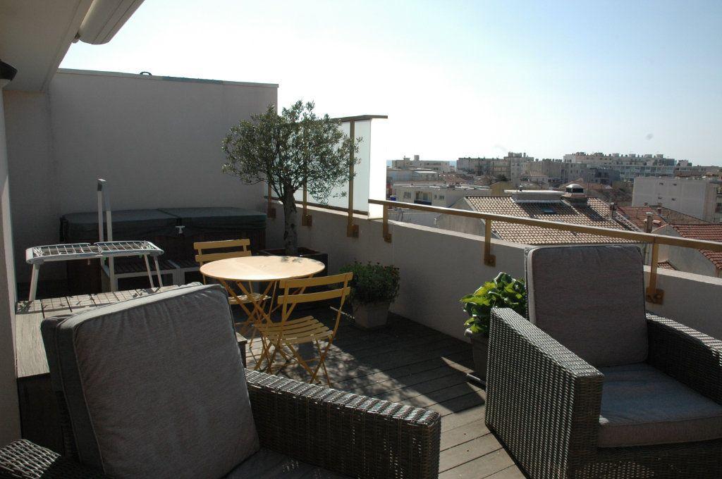 Appartement à vendre 3 94m2 à Palavas-les-Flots vignette-1
