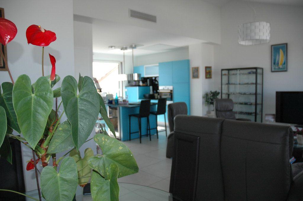 Appartement à vendre 3 94m2 à Palavas-les-Flots vignette-4