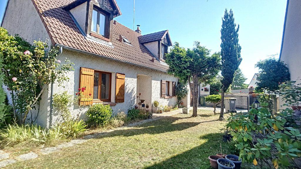 Maison à vendre 6 117.64m2 à Orléans vignette-1