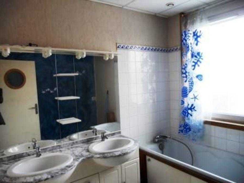 Appartement à louer 3 106m2 à Artenay vignette-4