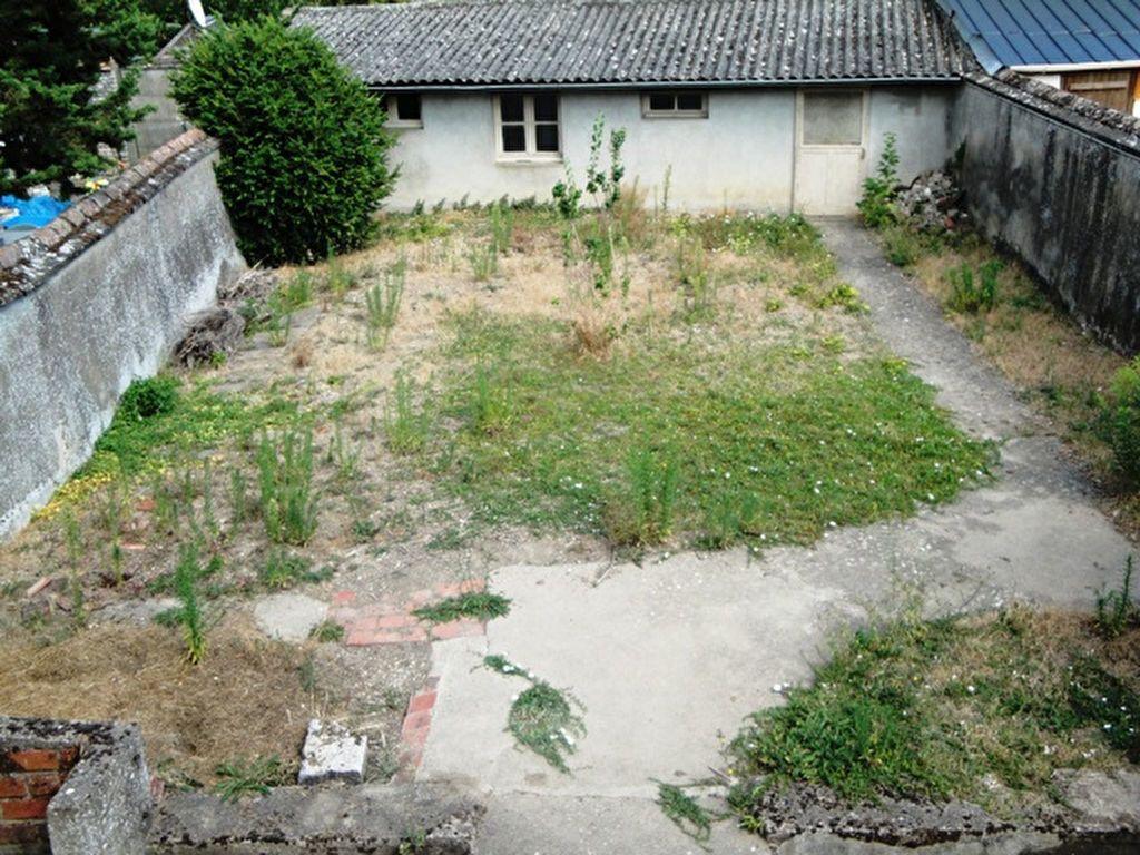 Maison à louer 3 59m2 à Toury vignette-2