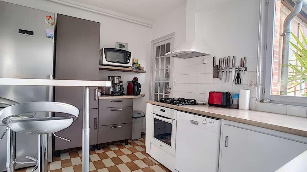 Maison à louer 3 65.9m2 à Toury vignette-5
