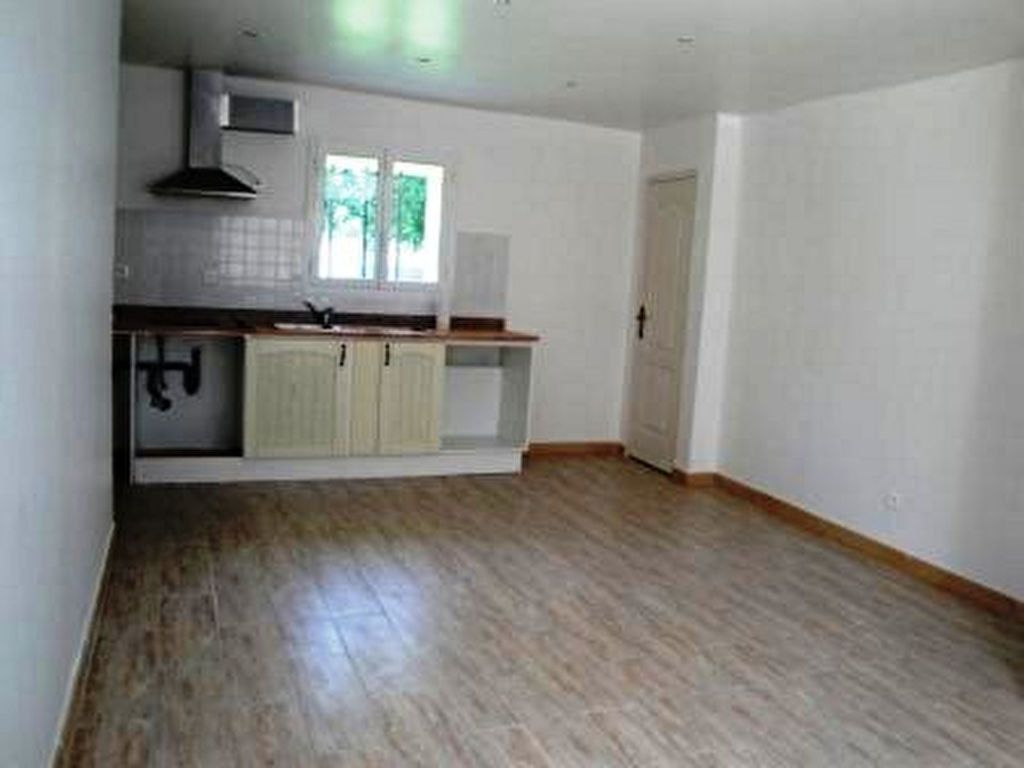 Appartement à louer 1 26.56m2 à Toury vignette-1