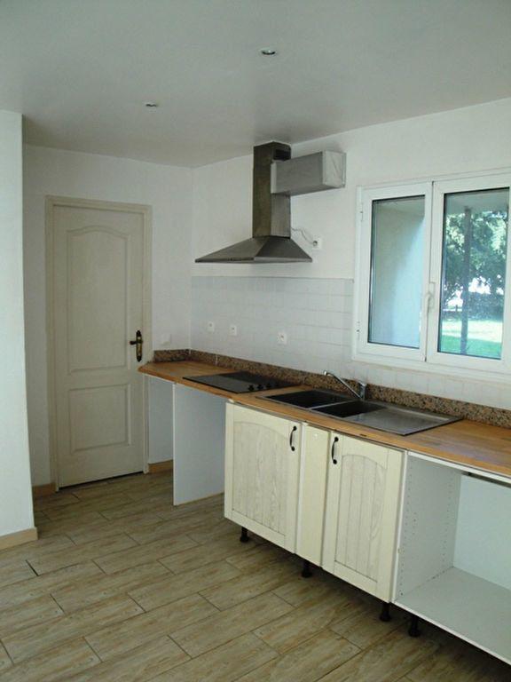 Appartement à louer 1 26.56m2 à Toury vignette-3