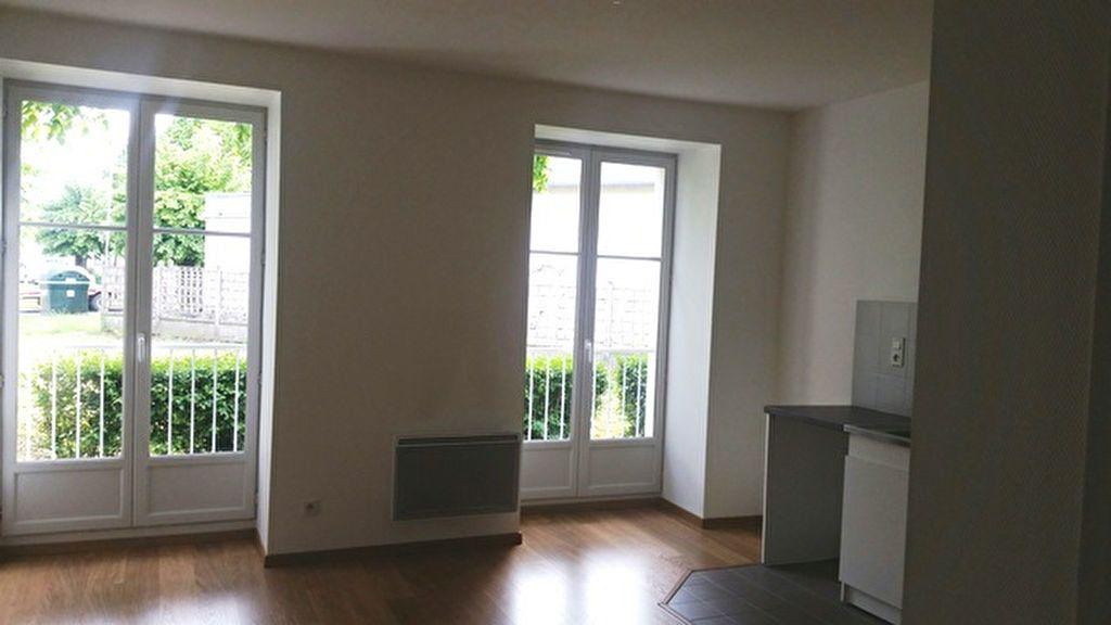 Appartement à louer 1 24m2 à Janville vignette-1