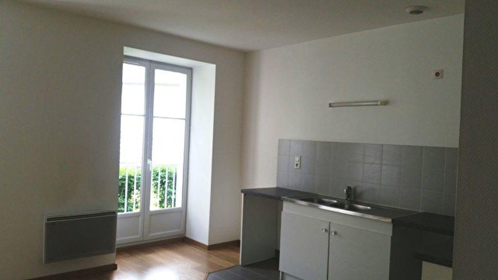 Appartement à louer 1 24m2 à Janville vignette-2