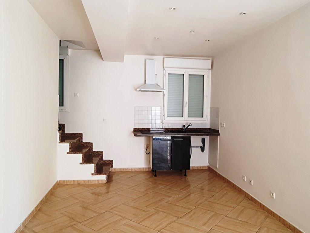 Appartement à louer 3 46.15m2 à Toury vignette-1