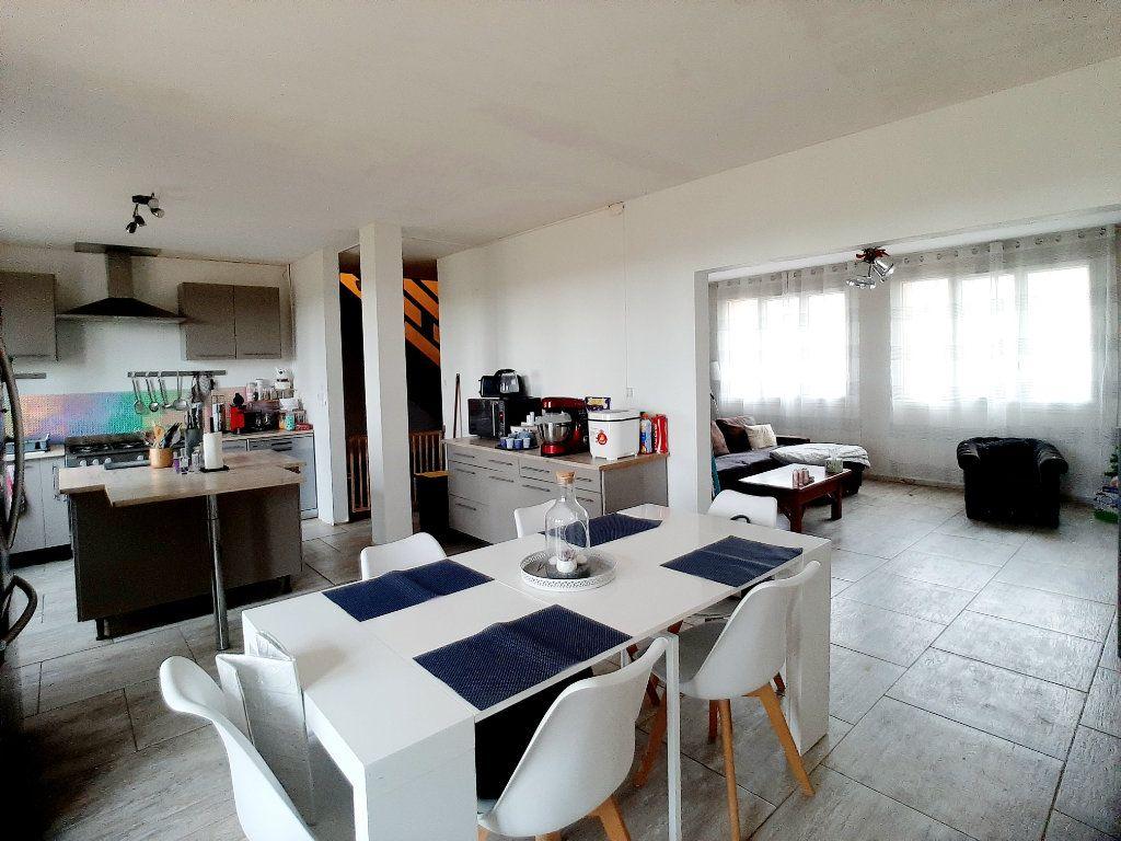 Maison à vendre 5 127m2 à Péronville vignette-3