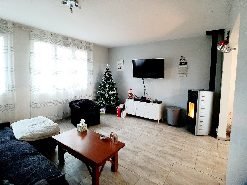Maison à vendre 5 127m2 à Péronville vignette-4
