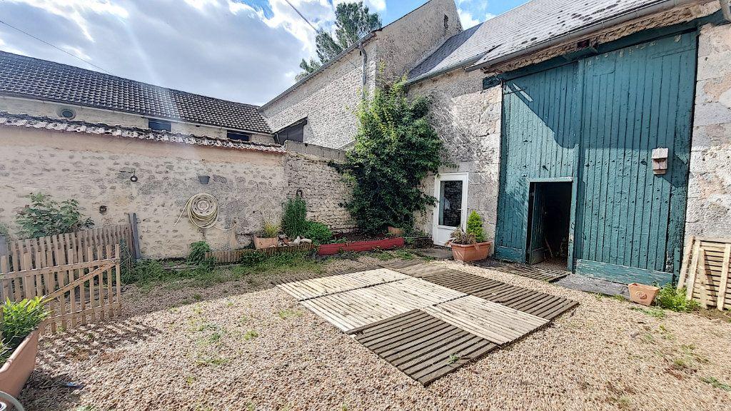 Maison à vendre 4 81m2 à Fresnay-l'Évêque vignette-1